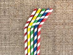 Bio Papiertrinkhalm 220/5,8mm flex. weiß/uni bunt gestreift 5-Farben Mix